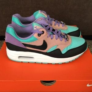 Have a NIKE day Nike AirMax